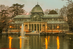 PALACIO DE CRISTAL PARQUE DEL BUÉN RETIRO-Madrid (FRANCISCO DE BORJA SÁNCHEZ OSSORIO) Tags: passion photo pasión primavera photostreet park parquedelretiro parquedelbuenretiro palaciodecristal spring summer shot streetphoto street instant instante invierno winter amor arrow autumn otoño color colour composition composición colourtemperature bokeh beauty belleza nature naturaleza nice timeexposure tiempodeexposición temperaturadecolor tripod trípode slowtimeexposure españa exposure enfoque encuadre exposicion madrid moment detalles detalle detail details desenfoque disparo delicado divertido delicate dof depthoffield 35mm 50mm objetivonormal