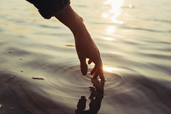 Dima (vlkvaph) Tags: light sunlights sundown lake sunset mood model handsome hands cinematography cinematic photo atmospheric atmosphere 50mm canon6d canon details man hand