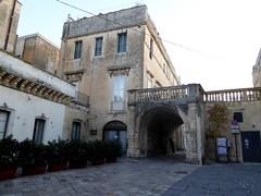 Lecce (Apulia-Italia). Placita del arco de Prato (santi abella) Tags: lecce apulia puglia italia