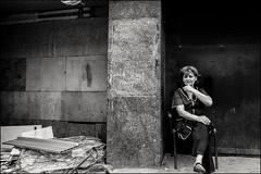DRD160605_0847 (dmitryzhkov) Tags: urban outdoor life human social public stranger photojournalism candid street dmitryryzhkov moscow russia streetphotography people bw blackandwhite monochrome arbat arbatstreet
