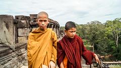 Monk's Portrait at Baphûon (Lцdо\/іс) Tags: cambodia cambodge angkor baphuon archeological archaeological monk lцdоіс kambodscha khmer asia asian asie asiatique buddhisme buddha bouddha boudhisme travel portrait
