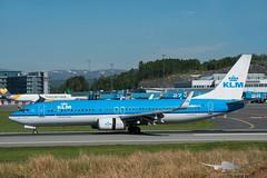 KLM - PH-BXH - B737-800 (Aviation & Maritime) Tags: phbxh klm royaldutchairlines koninklijkeluchtvaartmaatschappij boeing boeing737 b737 b737800 boeing737800 bgo enbr bergenairportflesland bergenlufthavnflesland bergen flesland norway