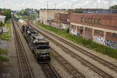 NS 291 at King Plow (travisnewman100) Tags: norfolk southern train railroad freight intermodal autorack 291 king plow control point inman terminal district atlanta georgia division sd70acu emd ge c449w