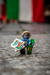 Pizza delivery (Ballou34) Tags: 2019 7dmark2 7dmarkii 7d2 7dii afol ballou34 canon canon7dmarkii canon7dii eos eos7dmarkii eos7d2 eos7dii flickr lego legographer legography minifigures photography stuckinplastic toy toyphotography toys stuck in plastic pizza delivery robot wine italy