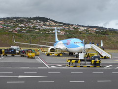 Boeing 737-8K5(WL) - D-AHLK (jimcnb) Tags: flugzeug águadepena santoantóniodaserra flugib flugjb madeira portugal 2019 april funchal flughafen airplane aircraft boeing