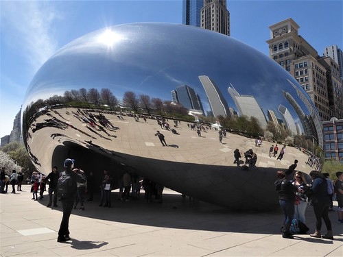 """Chicago, Millennium Park, Cloud Gate (""""Bean""""), Playing Around with Reflections"""
