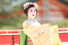 Maiko dance (Teruhide Tomori) Tags: kyoto japon japan heianjingushrine maiko performance tradition festival kimono stage 舞妓 京都 伝統 日本 着物 舞台 lady 踊り dance portrait event 平安神宮