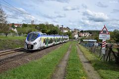 Z 51500 (Marc_135) Tags: z51500 z51617 mobigo bourgogne franchecomté bethoncourt ter894033 passageàniveau pn régiolis vert bleu nuage rail train