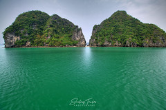 Grey Skies in Halong (engrjpleo) Tags: halongbay vietnam southeastasia karst rock island ocean seascape sea landscape waterscape outdoor
