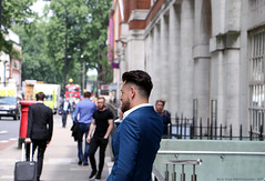 Business (Rick & Bart) Tags: london city uk urban rickbart rickvink canon eos70d everydaypeople people personnes strangers guy man candid streetphotography smartphone