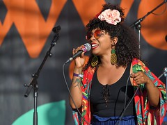 375-20180603_14th Wychwood Music Festival-Cheltenham-Gloucestershire-Main Stage-Hollie Cook Band-Hollie Cook (Nick Kaye) Tags: wychwood music festival cheltenham gloucestershire england