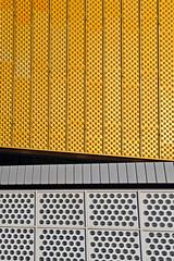 D090319-06803.jpg (vettes.f) Tags: allemagne thème abstraction couleur lieux jaune bâtiment