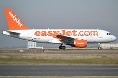 G-EZII, Airbus A319-111, c/n 2471, U2-EZY-Easy-easyJet, CDG/LFPG 2019-02-16, taxiway Delta. (alaindurandpatrick) Tags: cn2471 gezii a319 a319100 airbus airbusa319 airbusa319100 microbus jetliners airliners u2 ezy easy easyjet airlines cdg lfpg parisroissycdg airports aviationphotography