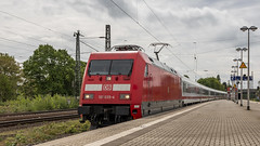 DB 101035-4 storming through Krefeld-Linn (Nicky Boogaard) Tags: krefeld germany deutschebahn deutschland railroadphotography dmrailroad dmrailway railway railfan railfanning db 1010354