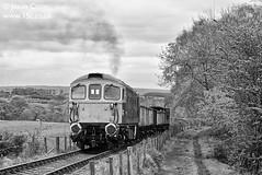 d37093 (15c.co.uk) Tags: emrps foxfieldrailway foxfieldbank class33 33102