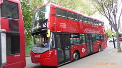 P1160040 VH45316 LF19 FWK at Ealing Broadway Station Haven Green Ealing Broadway London (LJ61 GXN (was LK60 HPJ)) Tags: ratp londonunited volvob5lhybrid wrightbusgemini3streetdeckstyle wrightbusgemini3 106m 10600mm vh45316 lf19fwk ar124