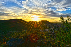 The Valley Of The Sun (Enjoy 1001 pictorials of VGPhotoz) Tags: vgphotoz august 2018 nikon sun d5200 photo foto image flickr yahoo canvas picture data clouds valley hills sunrise flare bush desert southwest americanwest arizona sky hike mountains nature naturallight light sunshine bright panoramic marculescueugendreamoflightportal