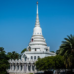 2019 - Thailand - Wat Yansangwararam - Maha Chakri Phiphat Pagoda thumbnail