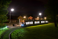 T4-Wagen 2502 am Abend seines ersten Einsatztages auf der Linie 18 am Gondrellplatz (Frederik Buchleitner) Tags: 2502 avenio linie18 munich münchen siemens strasenbahn streetcar twagen t4 tram trambahn