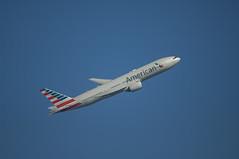American Airlines Boeing 777-200ER (AP-B777X) Tags: boeing heathrow b777 777 b777200