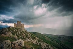 Nel nome della pioggia (Cristiano Pelagracci) Tags: abruzzo nature landscape rain water clouds italy canon roccacalascio calascio