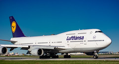 Lufthansa 747-400 YYZ/CYYZ (Sonny Photography) Tags: lufthansa 747 744 747400 boeing boeinglovers boeing747 yyz cyyz toronto planespotting planespotters avgeek 70300mm nikon airplane aircraft jumbo 2019