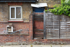 224/365 (tonysummers1) Tags: rustic texture 365project property house banal bland