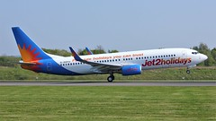 G-GDFU (AnDyMHoLdEn) Tags: jet2 737 egcc airport manchesterairport manchester 23l