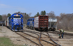 Swapping of trains (GLC 392) Tags: glc 399 392 clare mi michigan emd gp382 gp35 great lakes central railroad railway train ontn cstn swap swapping crews people conductor 395 397