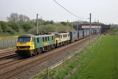 90016 90048 4S44 Winwick (cmc_1987) Tags: 90016 90048 class90 freightliner geneseewyoming br britishrail