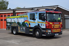 Humberisde - YN18XYZ - Scunthorpe - WrT (matthewleggott) Tags: humberside fire rescue service engine appliance scania emergency one scunthorpe yn18xyz wrt wrapped