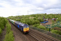 47815/3 Beighton Jn 02 May 19 (doughnut14) Tags: 47813 47815 rail freight diesel loco beighton oldroad midland class47 barriers doncaster leicester rog cum