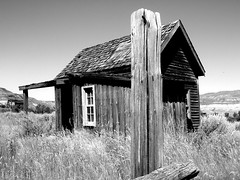 Dreams .... #hff (Mr. Happy Face - Peace :)) Tags: canadianbadlands historicatlascoalmine eastcouleewayne alberta canada pioneerdays old abandoned house barnsshedsrusticbuildings hff happyfencefriday fencefriday fence albertabound cans2s oncewashome black white bw art2019