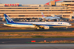 ANA Boeing 777-381 JA756A (Mark Harris photography) Tags: spotting plane boeing 777 ana canon hnd japan