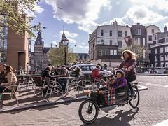 Cargo Bike (v.jim75) Tags: terras moeder bakfiets kinderen fiets