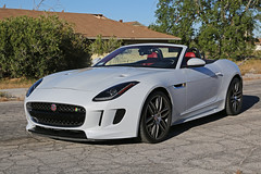 Jaguar F-Type R, Victorville - California (ColinParker777) Tags: car jaguar f ftype r 550hp power speed bhp hp cabrio cabriolet volante open convertible v8 supercharger supercharged racing fast exotic british victorville abandoned housing road cracks