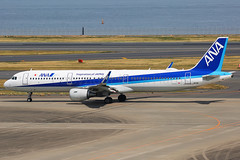 ANA Airbus A321-231 JA111A (Mark Harris photography) Tags: spotting haned japan canon plane aviation