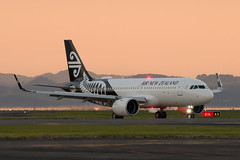 Air New Zealand Airbus A320 (Daniel Talbot) Tags: a20n akl airnewzealand airbus airbusa320neo auckland aucklandairport aucklandregion nzaa newzealand northisland teikaamāui zknha aircraft airplane airplanes airport autumn aviation maker oceania plane season seasons transportation