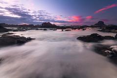 O Con Negro (jojesari) Tags: oconnegro ogrove pontevedra galicia jojesari suso longexposure largaexposición ocaso sunset atardecer puestadesol espuma