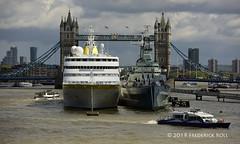 MS Hamburg & HMS Belfast (© Freddie) Tags: london londonbridge riverthames thames pooloflondon upperpool liner cruiseliner mshamburg hamburg iwm hmsbelfast fjroll ©freddie msi309908000