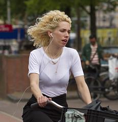 again (Henk Overbeeke Atelier54) Tags: girl street candid longhair blond earphone fiets bike bicycle bicicletta vélo