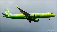 (Sir George R. F. Edwards) Tags: avgeek plane planelover planespotter planespotting aviation aviationspotter aviationspotting airport canon 7dmarkii psa lirp s7 siberia airlines airbus a321 neo