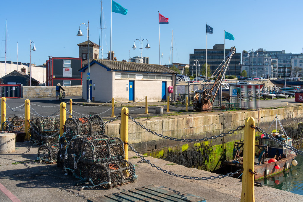 TRADERS' WHARF AREA [WEST PIER DUN LAOGHAIRE HARBOUR]-152247