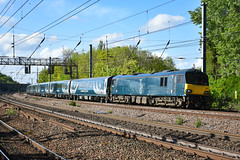 92033 t&t 92014 - Harringay - 04/05/19. (TRphotography04) Tags: caledonian sleeper dysons 92033 92014 topntail 5e35 0722 london kings cross wembley inter city depot ecs move formed 12 new mk5s sleepers where diverted due engineering work outside euston