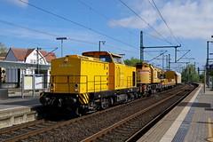 P1820250 (Lumixfan68) Tags: eisenbahn züge loks baureihe 293 v100 ost dieselloks rangierloks db bahnbau gruppe bauzüge bahndienstfahrzeuge kranzug
