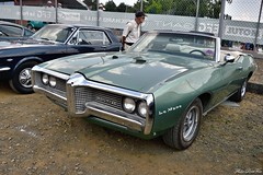 1969 Pontiac Le Mans cabriolet (pontfire) Tags: 1969 pontiac le mans cabriolet 69 2door convertible décapotable green verte classic 2018 lmc carro carros bil αυτοκίνητο 車 автомобиль classique ancienne vieille collection de old antique vieux john delorean bill collins russ gee abody coupe cars vintage voitures voiture car auto autos automobile automobili coche coches wagen pontfire oldtimer american americaine v8 pmd motor division gm general motors 自動車 سيارة מכונית