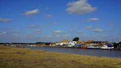 Walberswick 2 (pocahontas1975) Tags: walberswick southwold suffolk walk sun river sea coast england