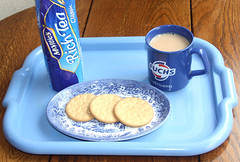 "Feeling blue, ""Have a Brew"". ""Blue for you ME 2019""!!!. (Yesteryear-Automotive) Tags: tea teaandbiscuits timeforacuppa englishtradition blue mugoftea smileonsaturdays blueforyoume2019"