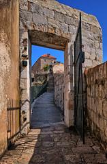 City wall Dubrovnik (Vest der ute) Tags: xt20 croatia city wall people fav25