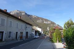 Village @ Longeray @ Léaz @ Hike to Le Vuache (*_*) Tags: randonnee nature montagne mountain hiking walk marche 2019 printemps spring april jura vuache europe france ain leaz 01